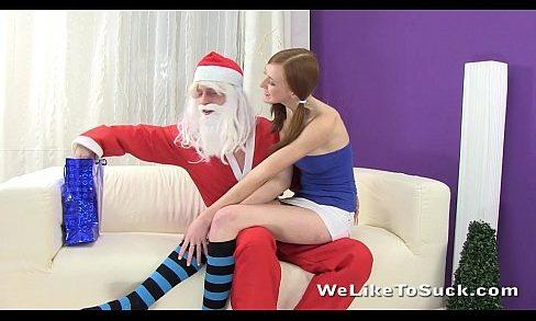ลักหลับ,ข่มขืน,คลิปลับ ซานต้าคลอสชายโสดจัดของขวัญ ให้สาวน้อยได้สมใจมากคืนนี้ เจอกระจู๋ใหญ่ๆของซานต้าเข้าไปคืนนี้คงเสียวหีน่าดู