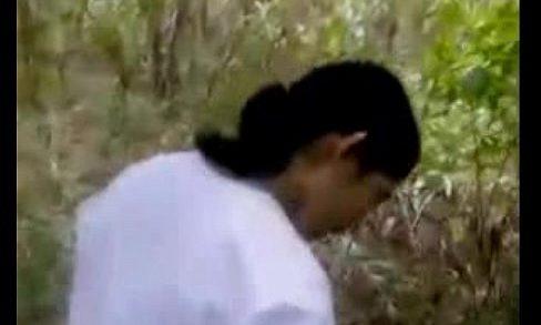 กระจู๋,ผู้ญิงตัวเล็ก,สาวตัวเด็ก วัยรุ่น ขนพึ่งขน นมพึ่งตั้ง นักเรียน มอห้าแอบมาหาที่เย็ดเล่นเสียวจนต้องร้องขอชีวิตกันในป่าอมกระจู๋อย่างเสียวจนต้องร้องขอชีวิตแล้วจัดกันคาป่าไม่แคร์สายตาคน